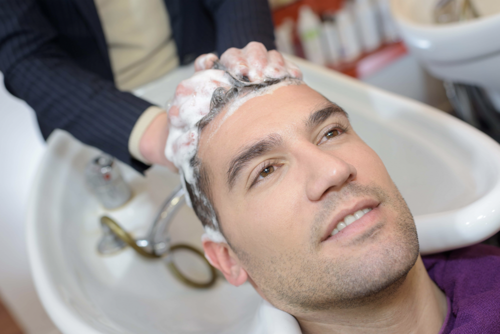 FAQ: Can I Color My Hair After an FUE Hair Transplant