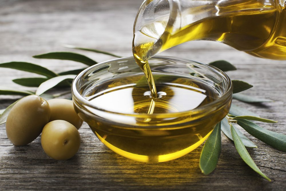 Can Olive Oil Stimulate Eyelash Growth?